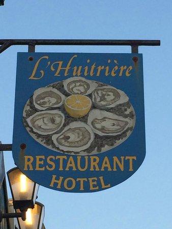 L'Huitrière : L'insegna molto esplicativa