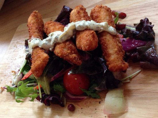 Zest Cafe: Hand made fish  fingers and home tartare sauce superb !