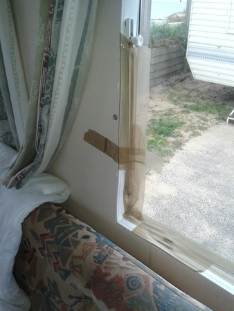 Eastern Beach Caravan Park: another view of the parcel tape on the lounge window