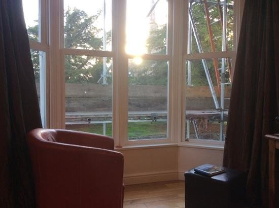 Chaucer House Apartments: what a great view.... �� why were we not informed ???