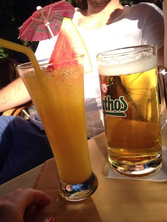 Socratous Garden : Lovely drinks in a nice relaxing outdoor atmosphere