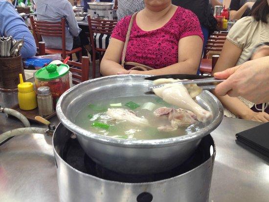 Myeongdong Dakhanmari Main : cooking the chicken soup