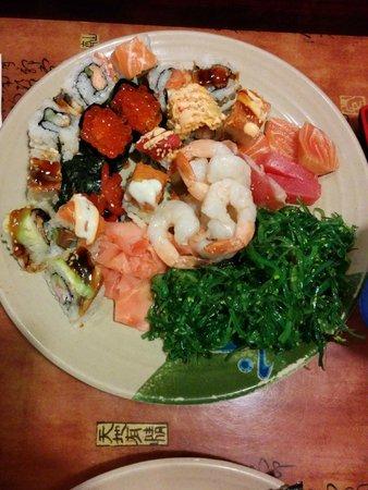 Shinju Japanese buffet: the best sushi ever!
