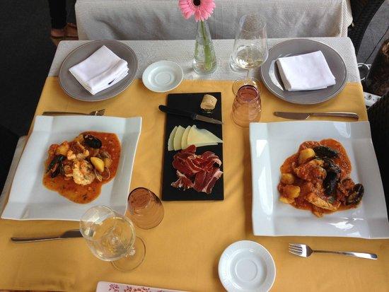 Sant Pere del Bosc Hotel & Spa: Fish Suquet - our cooking lesson -- YUM