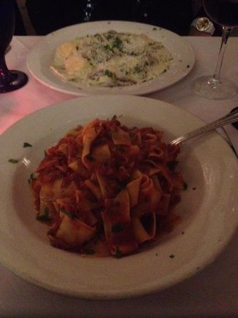 Da Marino Restaurant: Mushroom ravioli and pappardalle with bolognese