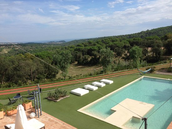 Sant Pere del Bosc Hotel & Spa: Beautiful view and pool
