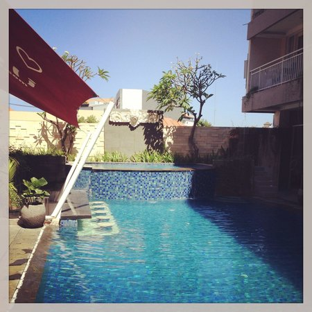 Losari Hotel & Villas: Pool view