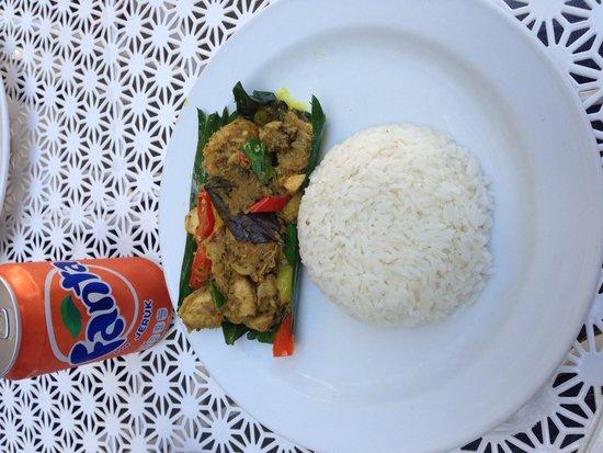 Losari Hotel & Villas: Lunch prepared at their restaurant