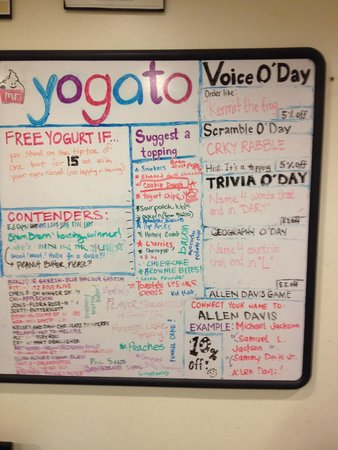 Mr. Yogato: The discount board for Friday, October 2. We got a total of 20% off.