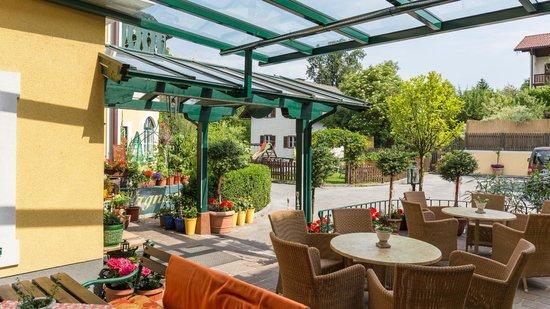 Hotel-Pension Wagnermigl: Terrasse