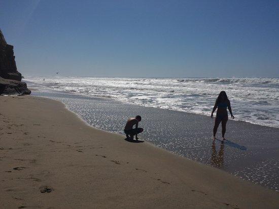 Pomponio State Beach: Beach fun!!!