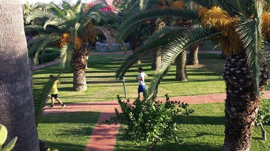 Villaggio Club Baia del Sole: footing nel cuore del villaggio