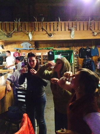 Jackson, MT: Girls fun night