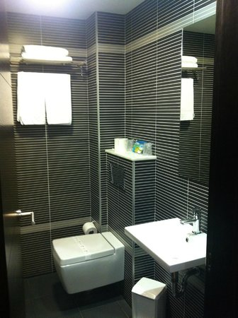 Hotel Junquera: Bathroom