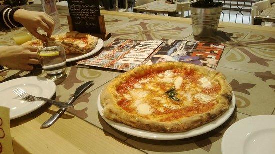 Rossopomodoro: Authentic Neapolitan Pizza