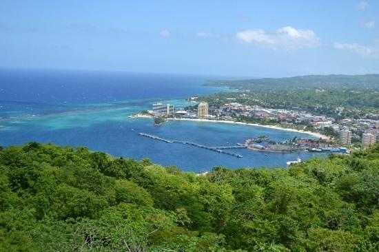 Rainforest Adventures Jamaica : amazing view from the sky explorer