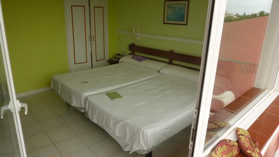 Cala Bona & Mar Blava Hotels: Twin Beds