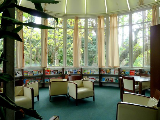 Médiathèque de Noailles : La bibliothèque-rotonde