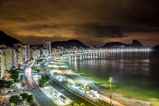 Orla Copacabana Hotel: Sou fotógrafo e a intenção era realmente comprovar a bela vista que o Hotel tem do[ultimo andar.