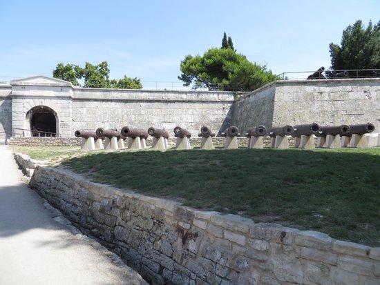 Kastel : Fortezza di Pola