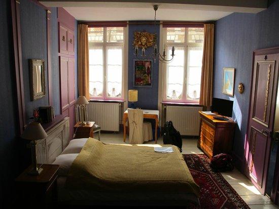 Le Soleil du Lion chambre d'hôtes : Our Bedroom