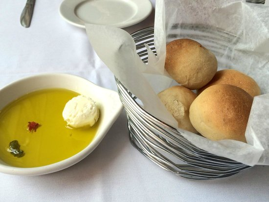 Mistero Bar And Italian grille: Bread with dipping oil.