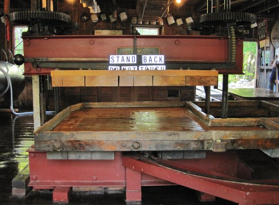 B.F. Clyde's Cider Mill: The press.