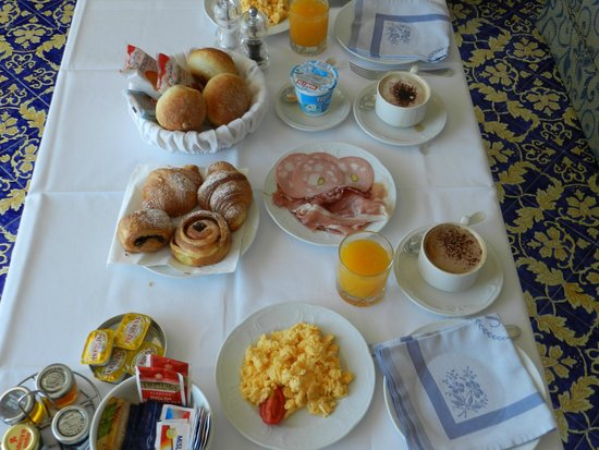 Casa Morgano: Breakfast