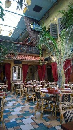 Cuba Libre Restaurant & Rum Bar : Dining area