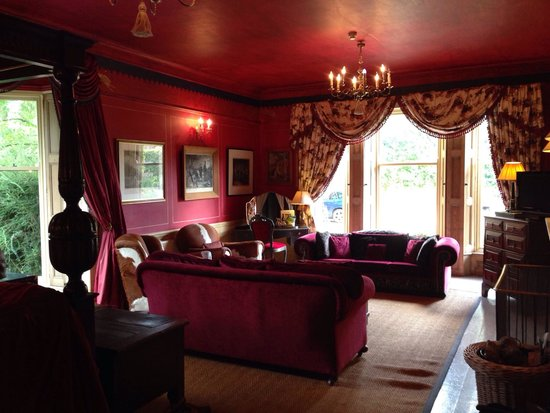 Strattons Hotel: The Red Room