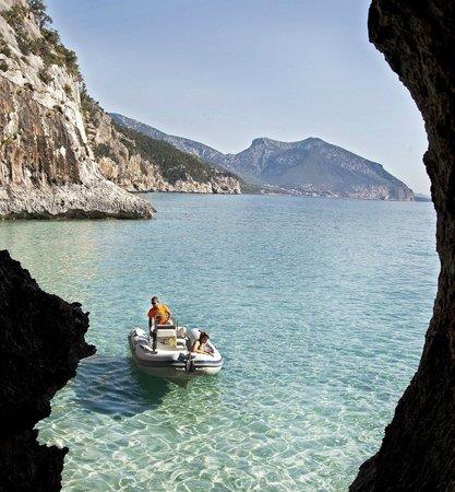 Palmasera Boat Rental