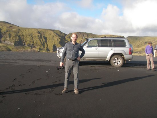 BR Tours - Private Tours : Jon and his Nissan Patrol