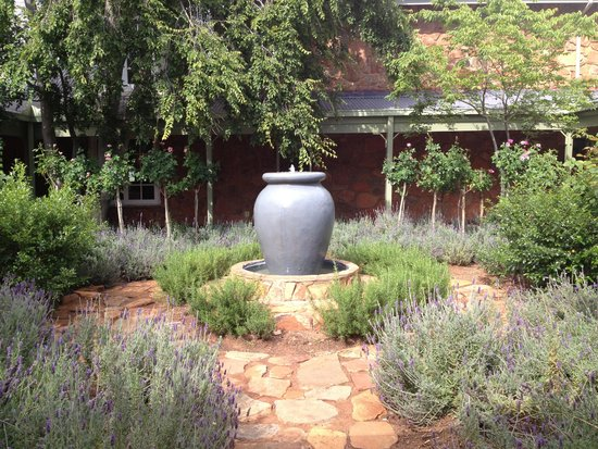 African Pride Mount Grace Country House & Spa, Autograph Collection : Lavender garden
