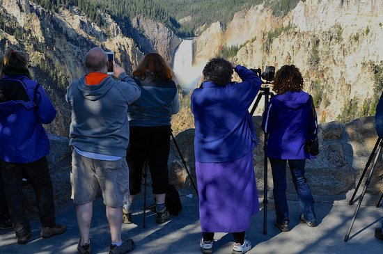 Artist Point: Jockeying for the best position for a photograph