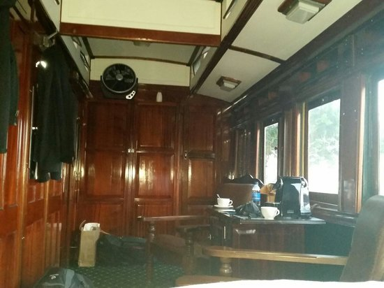 Santos Express: Blick vom Bett ins Abteil
