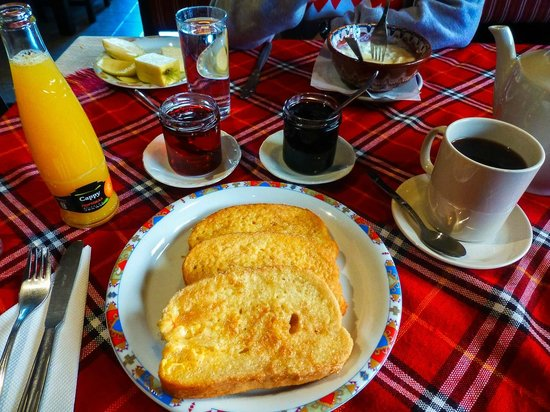 Govedartsi, Bulgaria: Delicious French toast with homemade jelly from the breakfast menu
