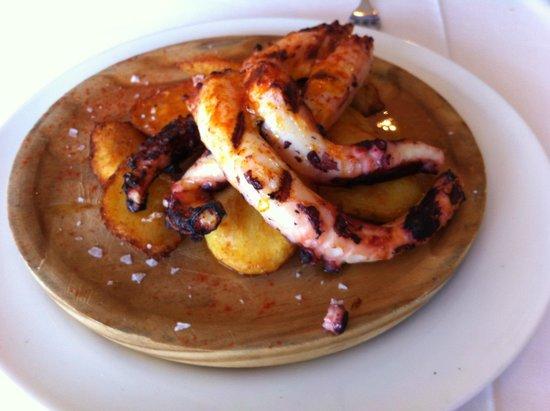 Restaurante El Campanu: Pulpo a la brasa