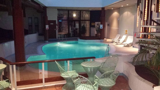Craigmonie Hotel & Leisure Ltd.: Craigmonie pool side very relaxing