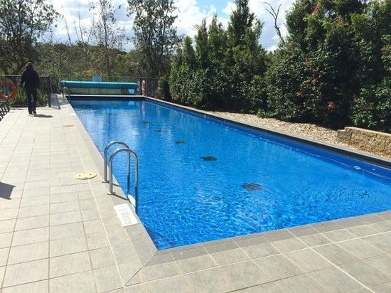 Quest North Ryde: Pool at rear/side of complex