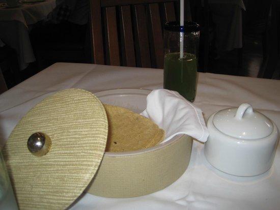 Restaurante El Cardenal: tortillas