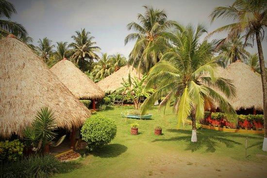 Paraiso Beach Hotel: The Cabanas