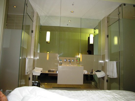 Suncoast Towers : The washroom end of the room