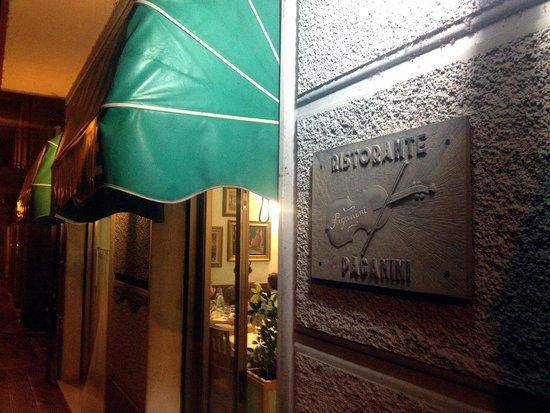 L 39 esterno del locale picture of ristorante paganini for L esterno del ristorante sinonimo