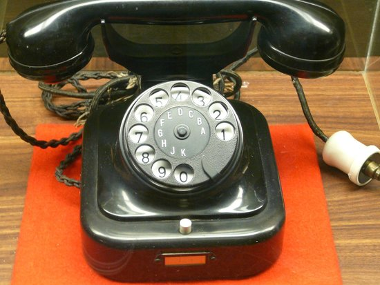 Highlands Museum and Discovery Center: Hitler's phone from bunker where he committed suicide