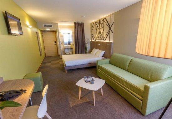 inter hotel ecoparc montpellier est saint aunes frankrijk foto 39 s reviews en. Black Bedroom Furniture Sets. Home Design Ideas