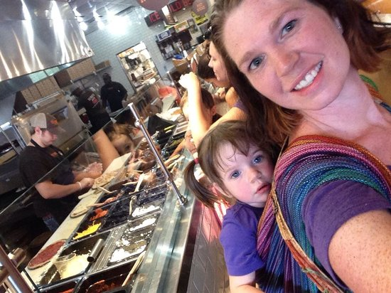 Uncle Maddio's Pizza Joint: Getting some customized pizzas after a Babywearing meet