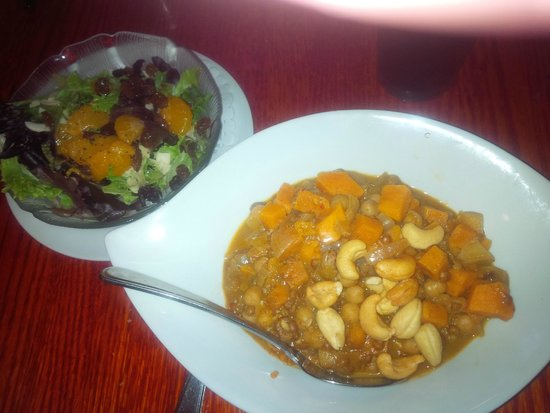 The Trellis Cafe: Sweet potato coconut curry and orange-almond salad