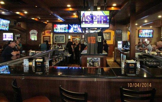 Copperhead Grille - Allentown: Interior