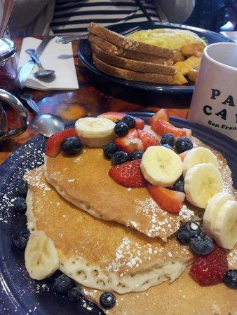 Pat's Cafe: Pancakes