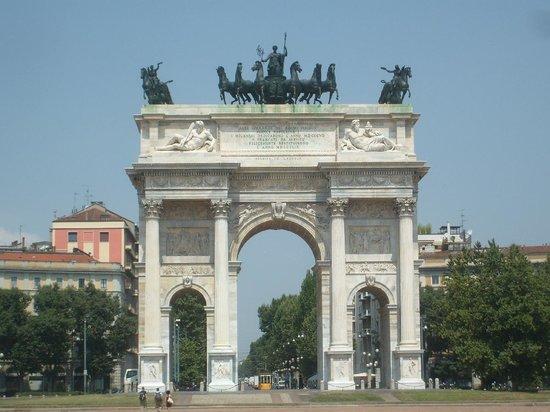 Arco della pace foto di arco della pace milano for Planimetrie della cabina ad arco